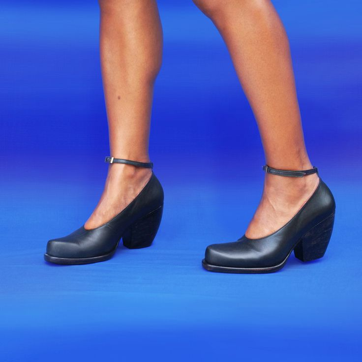 Marlene Court - Minimal Design w Hand Carved Cuban Heel with Optional Anklestrap by Preston Zly