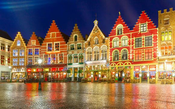 Two nights in the fairytale city of Bruges. Festive markets, historical sites and more to explore and get into the winter spirit.