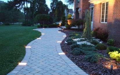 Oltre 25 fantastiche idee su idee per il giardino su - Vialetto giardino illuminato ...
