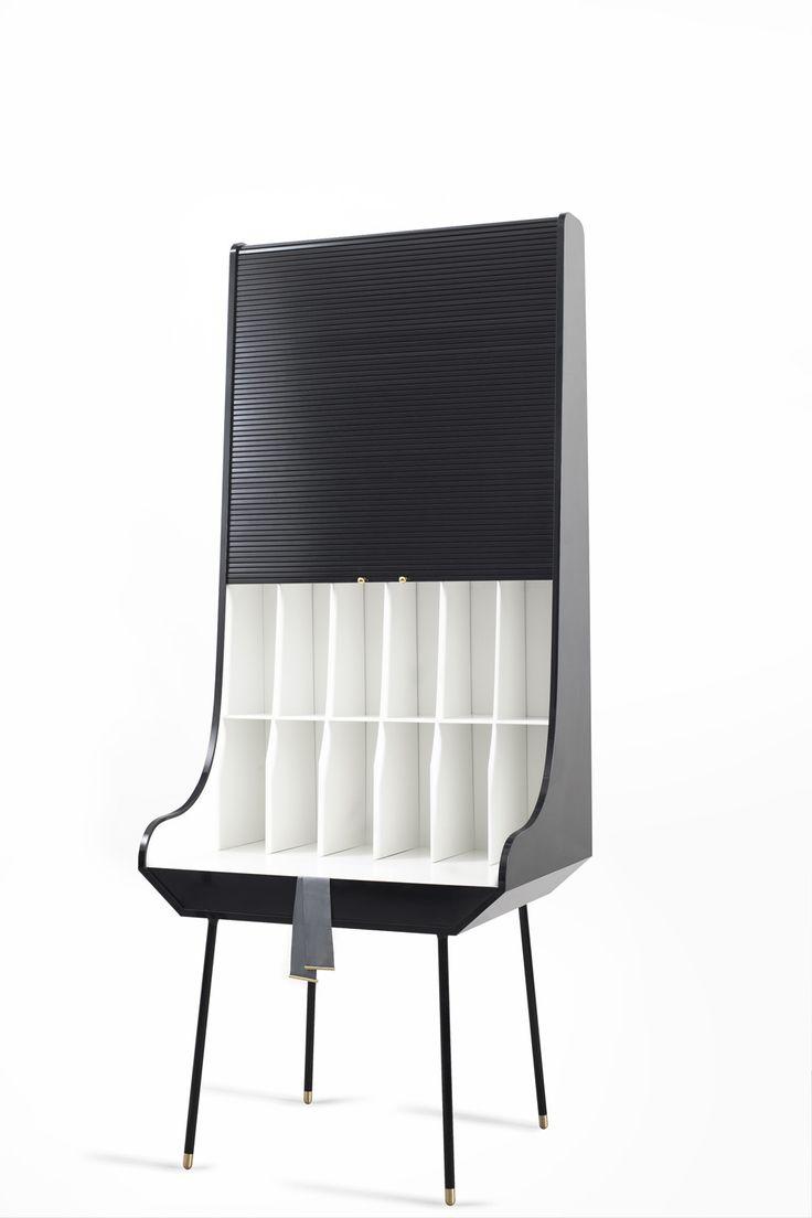 Secretaria Desk is a minimalist design created by Slovenia-based designer Nika Zupanc.