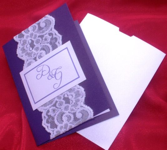 Invitatie nunta realizata manual - o imbinare perfecta intre dantela si culoare