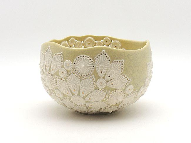 萩焼・うつわ彩陶庵は、山口県萩市にあるショップ。日本の伝統工芸、萩焼の代表的な作家の作品から若手作家の器やオブジェを揃えています。彩陶庵オンラインショップでは、お気軽に通販によるお買い物をお楽しみ頂けます。