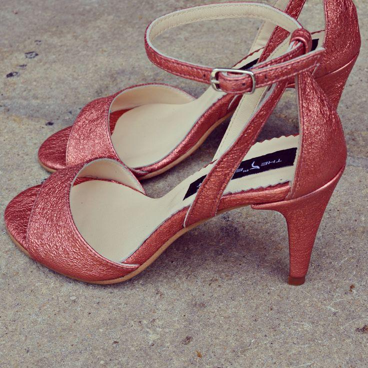 #rosettishowroom #the5thelementstore #springsummer #sandals #highheels #pinkglitter #limitededition