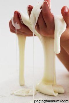 """Cómo hacer slime o """"blandiblú"""" sin borax Cómo hacer borax o """"blandiblú"""" casero, sin usar borax. Una receta de plastilina casera muy sencilla, con solo dos ingredientes que seguro tenéis en casa."""