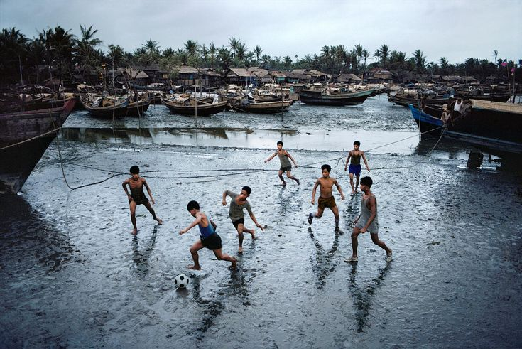 Football | Steve McCurry