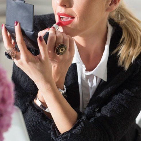 How To Touch Up Your Makeup At Work (Without Offending Your Co-Workers)