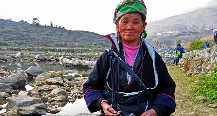 Black Hmong woman in Tavan. #hmong #travel #wander #village #sapa #vietnam
