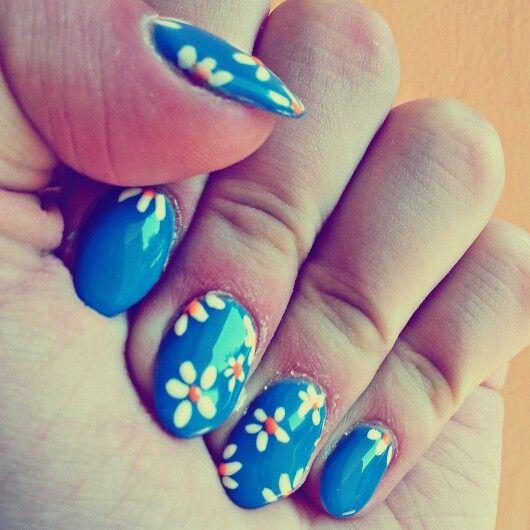 sapphire nails, design, summer, flowers
