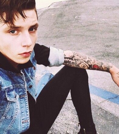 """Andy black veil brides- interviewer: """" how do you deal with your haters?"""" Andy: *flips the bird* """"thats how."""""""
