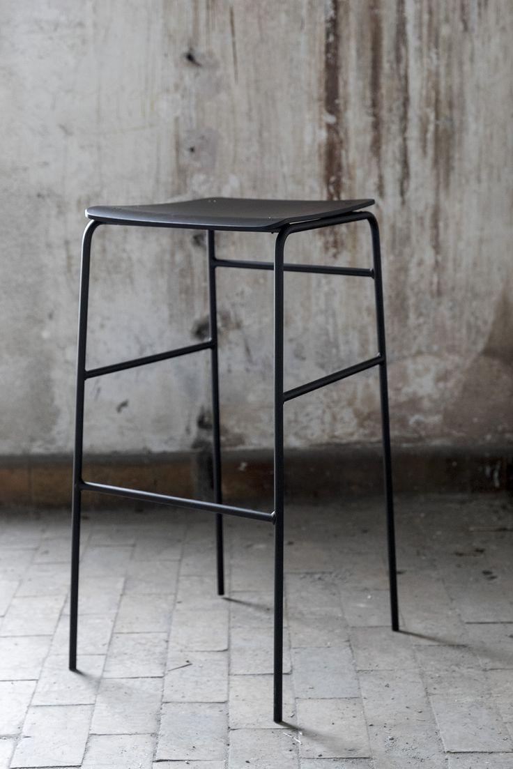 Sincera Bar Stool - Black in Black // Bent Hansen