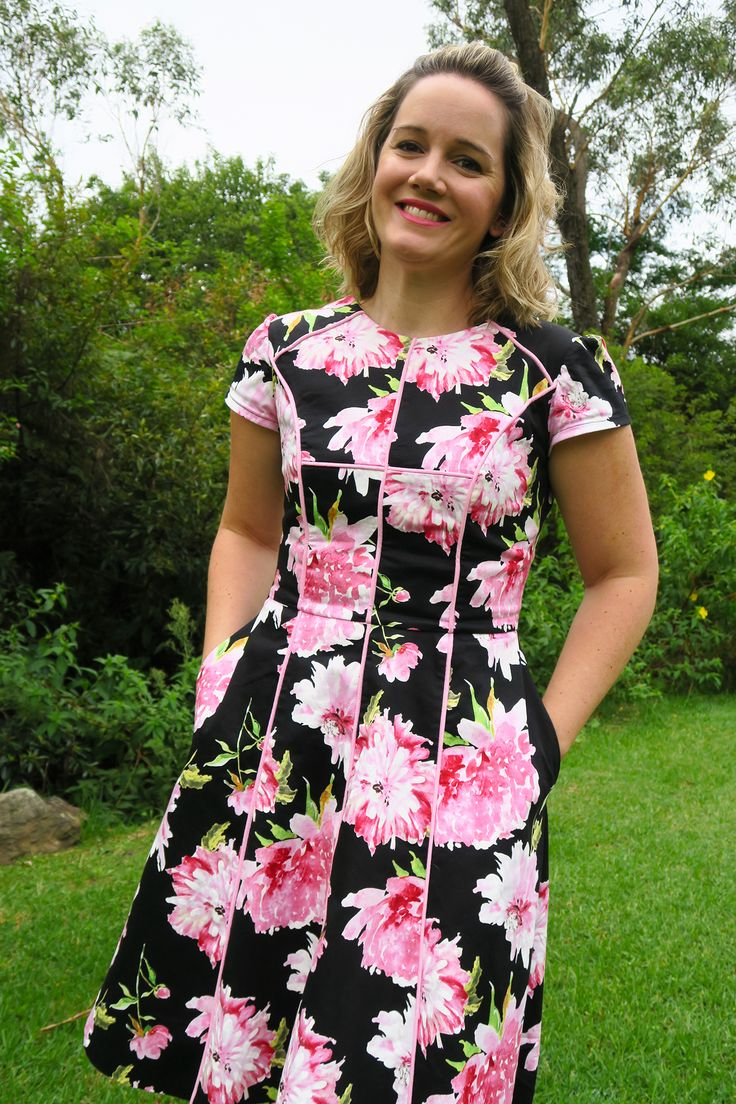 Bobbin & Baste Karri dress with piping!