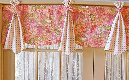 Google Image Result for http://www.ashberrybaby.com/product_images/w/195/watermelon-valance__86782_zoom.jpg