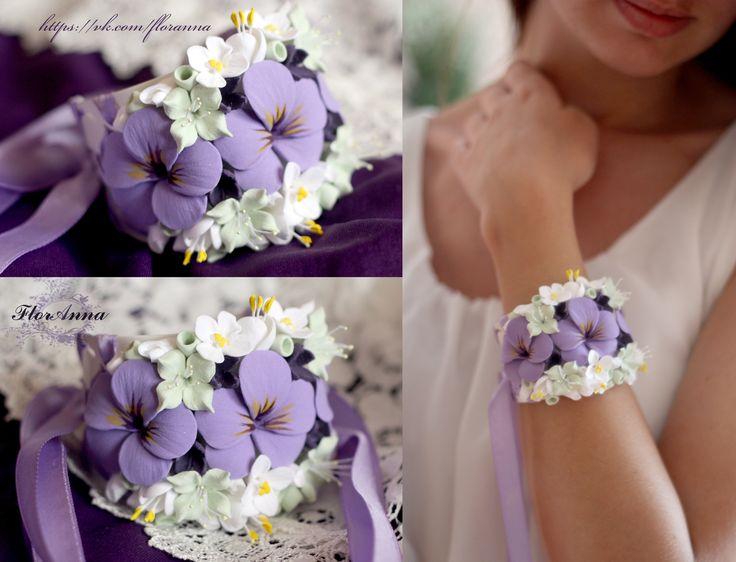 Свадебный браслет. Браслет с цветам, браслет невесты, нарядный браслет, браслет на руку с цветами, стильный браслет, браслет с цветами из полимерной глины.