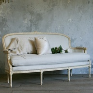 One of a Kind Vintage Settee Cream & Pale Fawn from @laylagrayce #laylagrayce #vintage #furniture