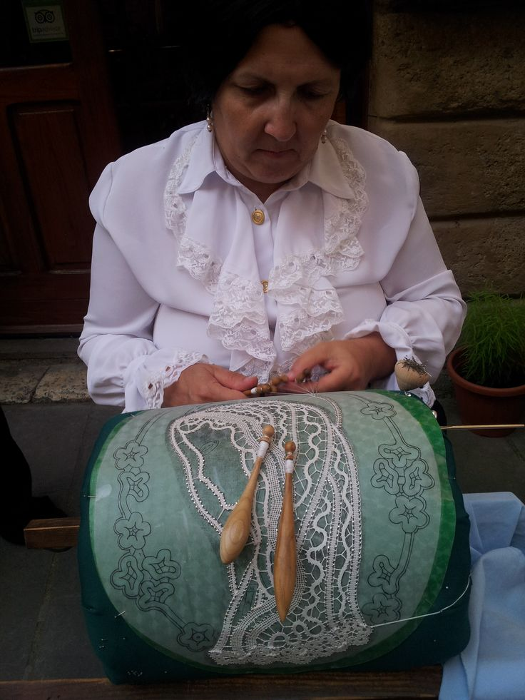 Exhibition market craftsmen and artists in #Sorano #Maremma #Toscana