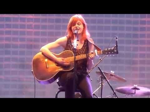 Axelle Red - Sensualité (Live Aux Francofolies De Montréal) - YouTube