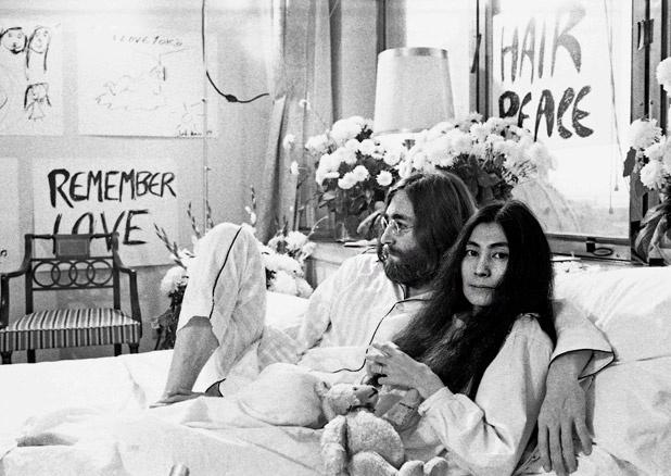 Yoko and John: Yoko Ono, Hair Peace, Moon To Moon, Johnandyokoinbedjpg 640429, John Yoko, Beautiful People, Bohemian Coupleyoko, John Lennon, John And Yoko In Beds Jpg