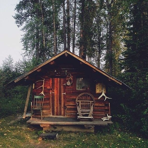 713 best images about rustic cabin spaces on pinterest for Wood cabin homes