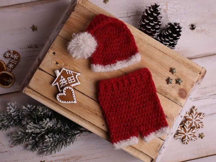 Newborn Santa Outfit, Newborn Christmas Outfit, Newborn Santa photo prop, Newborn Christmas Photo Outfit, Crochet Santa outfit, Newborn Xmas by Amaiahandmade on Etsy