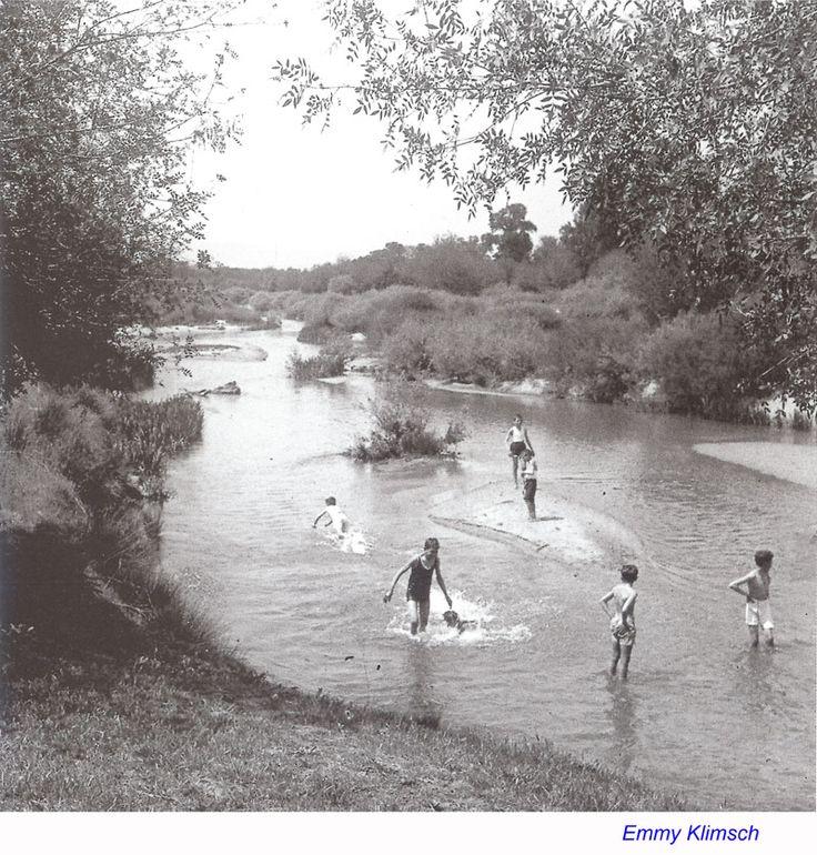 El madrileño rio Manzanares a la altura de El Pardo en una imagen impensable hoy. 1931