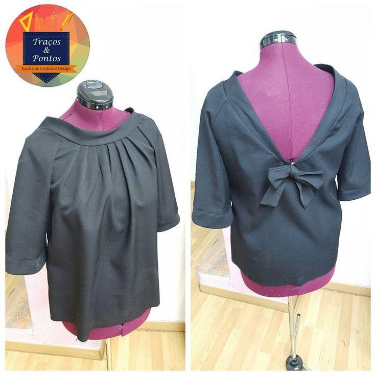 Blusa preta detalhe costas, aulas costura Traços e Pontos