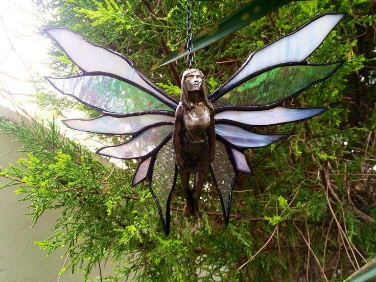 Een persoonlijke favoriet uit mijn Etsy shop https://www.etsy.com/listing/273736308/3d-stained-glass-flying-ladysuncatcher