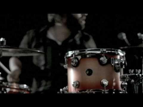 http://indyrocklive.com/featured/band-of-skulls-w-boom-chick-vogue-862012/#
