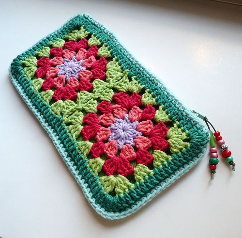 Granny Square Pencil Case/Makeup Bag/Sm Clutch | No Pattern, Pic Only. | 4 grannys joined, sc boarder, line it (or choose a tighter square with no holes), add a zipper and a cute beaded zipper pull, wha-la!