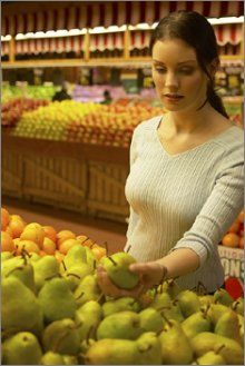 How to Choose the Best Fruit in the Produce Section:  A Guide for 15 Common Fruits. This is awesome! A lot of them I knew, but always good to have a reference