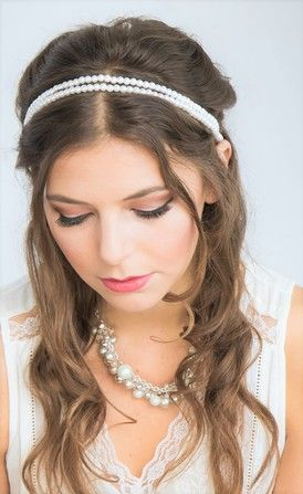 Judy Chan Makeup and Hair is a mobile makeup artistand hair stylist specializing in weddings, engagements, photoshoots, proms, and special events serving Toronto and the Greater Toronto Area