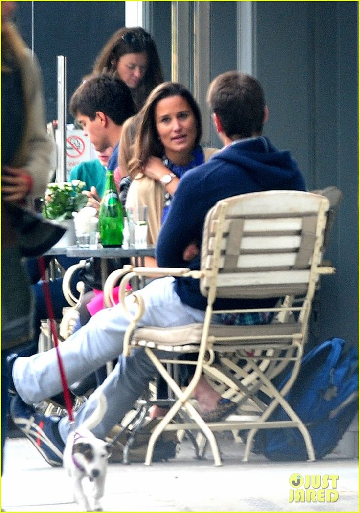 Pippa Middleton Goes for a Friendly Lunch with Ex Alex Loudon | pippa middleton goes for a friendly lunch with ex alex loudon 01 - Photo