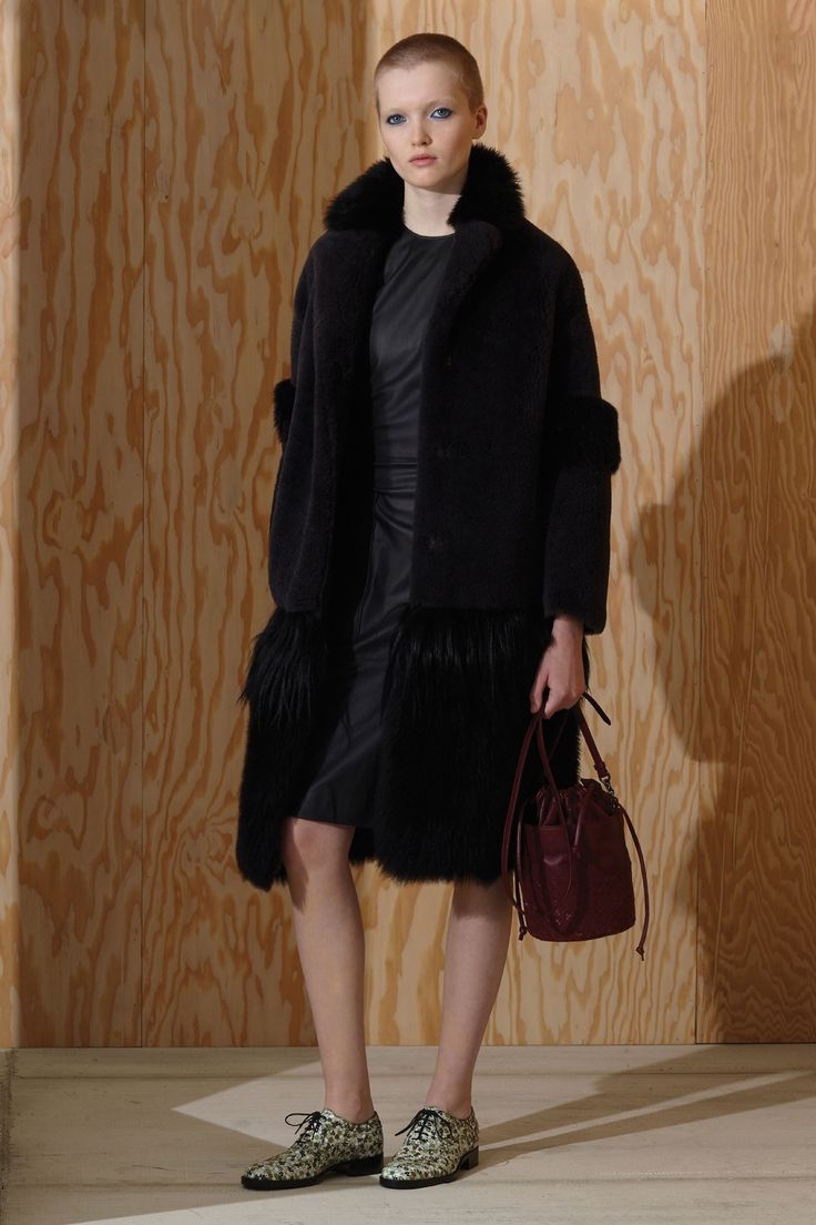 Catwalk photos and all the looks from Bottega Veneta - Pre Autumn/Winter 2016-17 Ready-To-Wear New York Fashion Week