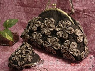 Tina's handicraft : how to make a purse with tailoring flowers