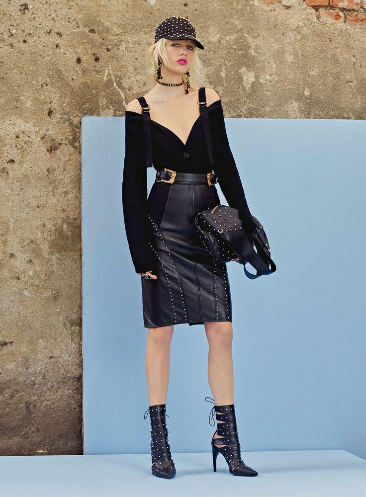 Versace Resort 2018 Collection Photos - Vogue