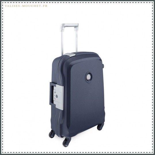 Valises cabine Delsey 55 cm slim sur Valises-mouchet.fr ! Avec ce genre de produit, la confiance s'installe ! Dispo ici : http://valises-mouchet.fr/produit/delsey-belfort-bleu-marine-valise-cabine-55cm-slim/