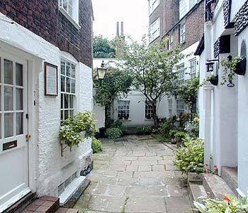 Cute little mews in Hampstead - London