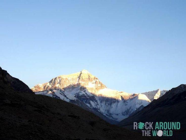 Mount Everest (8.848 Meter) ist der höchste Berg der Welt