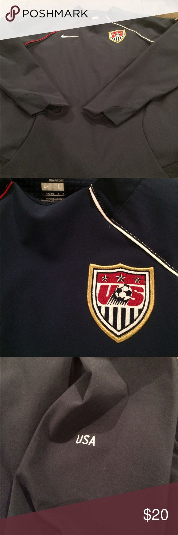 Nike Women's USA Soccer Pullover Jacket L Fabulous Nike jacket for women. USA soccer patch on the front. Navy blue color. In perfect condition. Not sure I ever ended up wearing this. Size Large. Nike Jackets & Coats