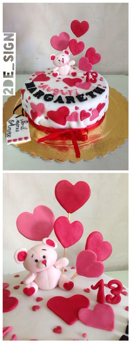 Lovely cake with a tender teddy bear with baloons, a storm of hearts with red and pink colours/ adorabile torta con tenero orsetto con palloncini a forma di cuore , l'intera torta è tempestata da cuoricini rossi e rosa #love #heart #bear #baloon