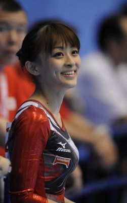 4月に行なわれた体操全日本選手権個人総合で初優勝した田中理恵(24・日本体育大学)。彼女は満面の笑みを浮かべ「初タイトルなので嬉しい気持ちでいっぱいです。大きな
