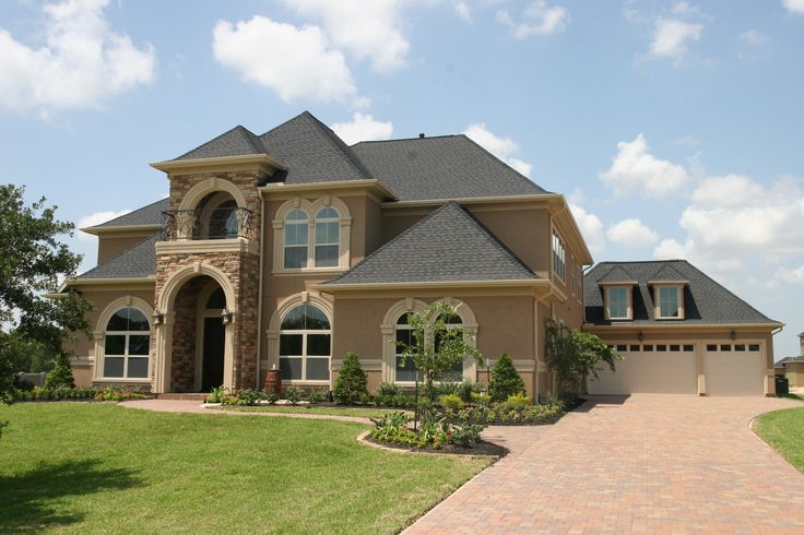32 best house exterior images on pinterest exterior for Stucco and stone exterior