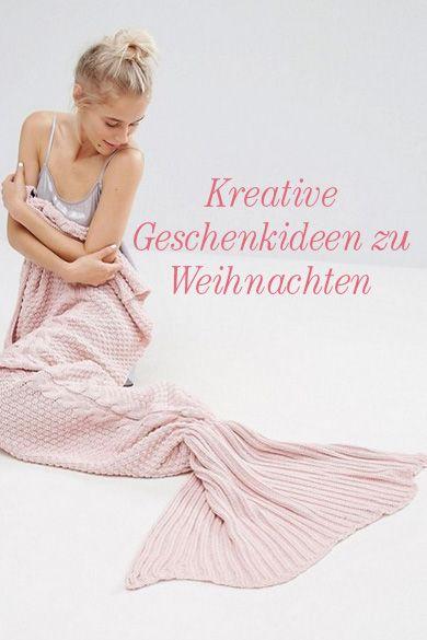 Meerjungfrauen-Decke, Weihnachtsbettwäsche oder Hausschuhe, Klamotten im Weihnachtslook - die schönsten geschenke für jemanden, der immer friert.