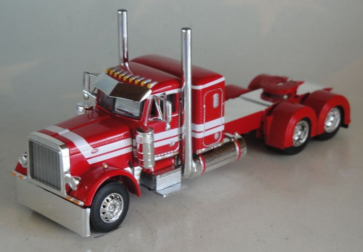 "DCP Red White Peterbilt 379 36"" Sleeper with Day Cab Only ..."