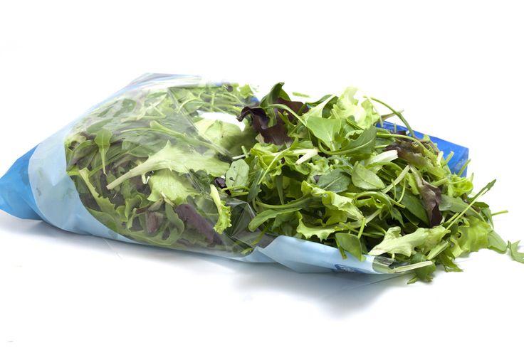 Selon une étude menée par une équipe de chercheurs de l'Université de Leicester, au Royaume-Uni, les salades en sachet pourraient être responsables de nombreux cas d'intoxications alimentaires.