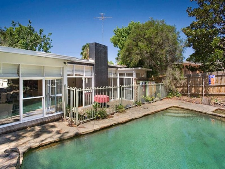 Original 60's home for sale in Beaumaris - Melbourne - so much potential