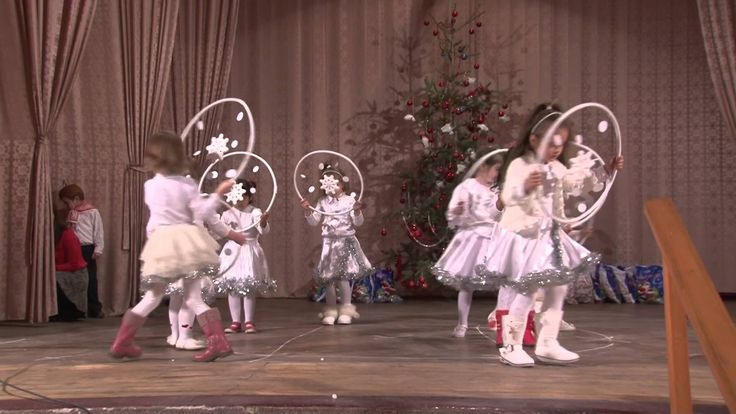 Óvodások karácsonyi tánca-Kisiratos 2015.