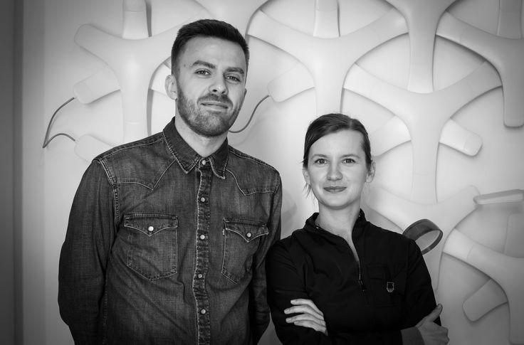 Do Showroomu Philips Lighting na Duchnicką 3, zapraszają: Agata Smolich oraz Adam Wichniarek   #design #interior #oświetlenie #lampy #Philips #Showroom #Duchnicka #PhilipsLighting