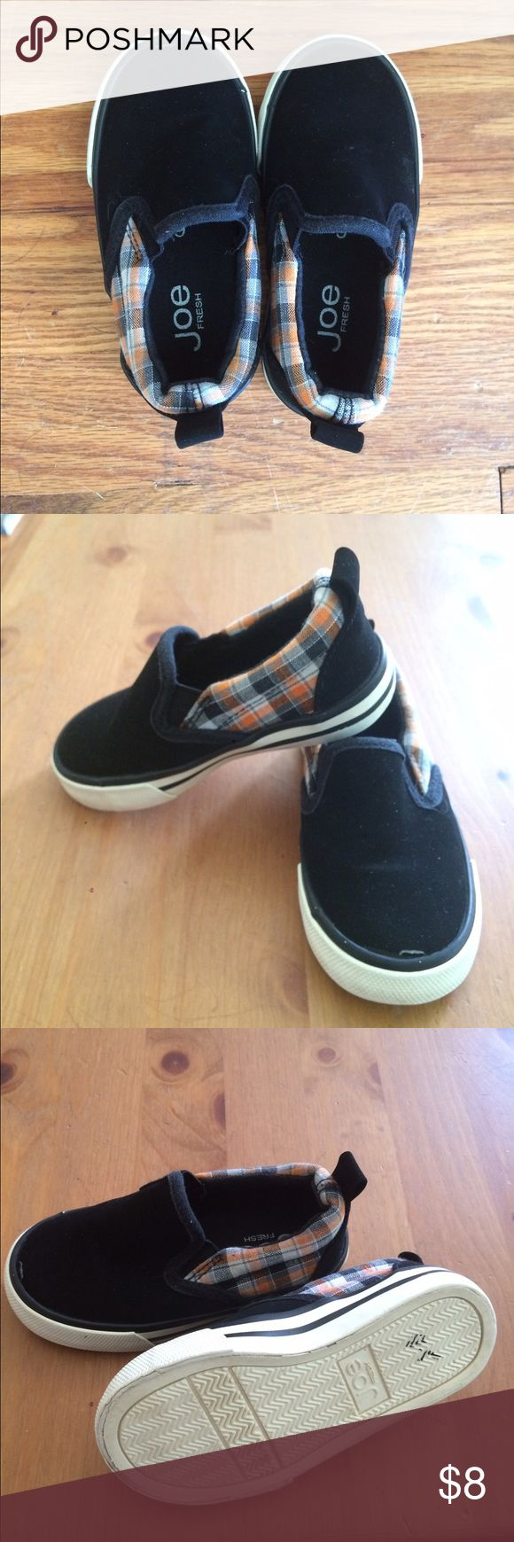 Joe Fresh Toddler Slip On Shoes Black slip on shoes for toddlers. Size 6. Great used condition. Joe Fresh Shoes Sneakers