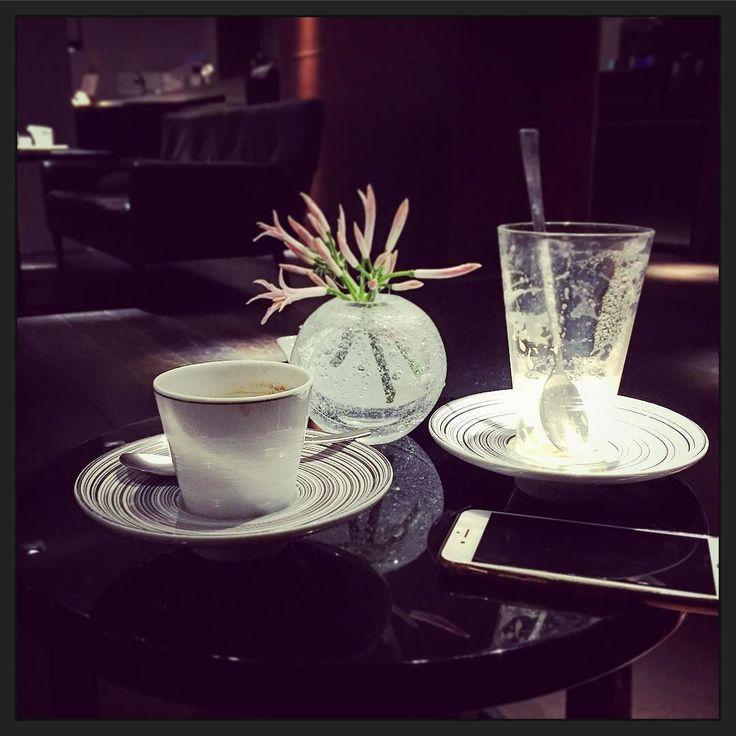 Het is weer tijd voor vroege zaterdagochtend koffie; sterker nog... tijd voor een tweede ronde! #myview