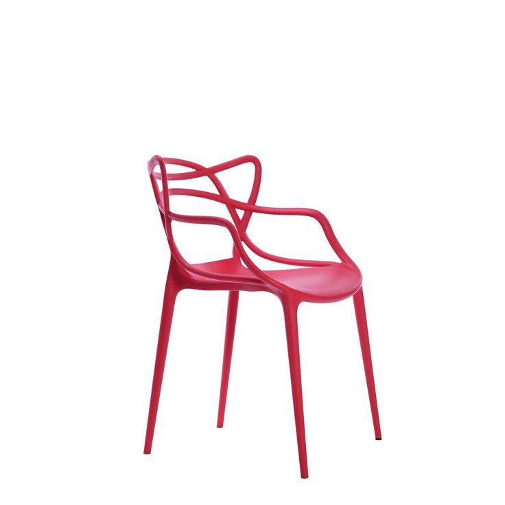 Sedia di design per uso in interni o esterni.     Dimensioni per bambini.     Linee uniche per una sedie di autentico disegno.     Fabbricata in polipropilene di alta durabilità.     Leggera e funzionale.     Impilabile.     Disponibile in diversi colori da combinare come preferisci.   Un disegno eccezionale perchè i piccoli della casa abbiano la sua sedia di design e se la godano come i loro genitori. Per uso tanto in giardini e terrazze come nella sua abitazione o sala.